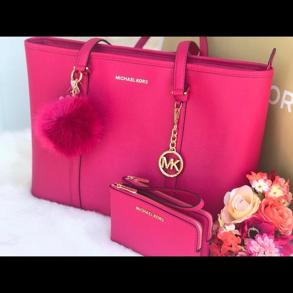 1f06b4d61974 Michael Kors Bags | Ultra Pink Large Leather Tote Set | Poshmark